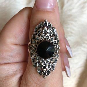 🤍Beautiful Black Gem&rhinestone plate ring🤍